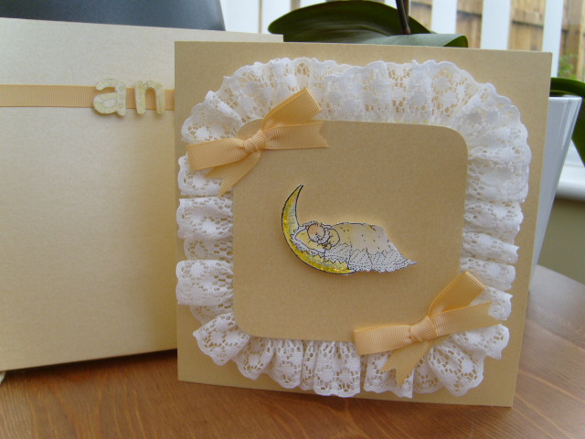 Lace Chushion Baby Card